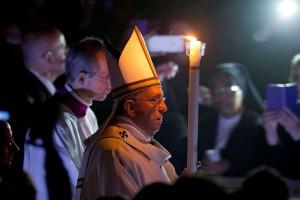 pope-francis-easter-vigil